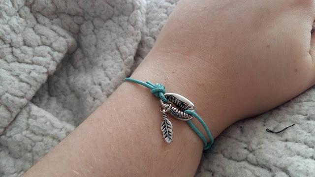 diy-projet diy-bracelet-été-breloques