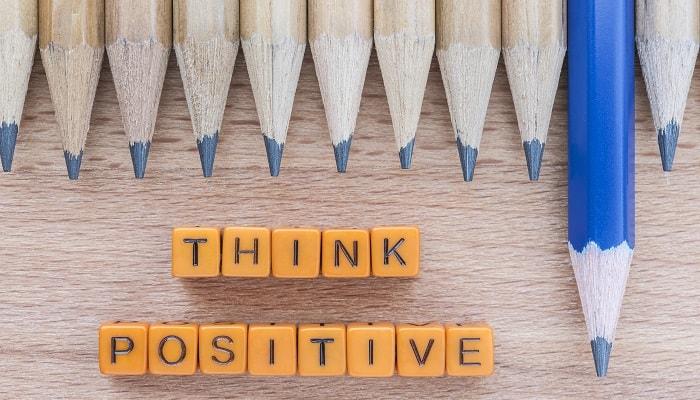 10 Meme Berfikir Positif Buat Kamu yang Selalu Negatif