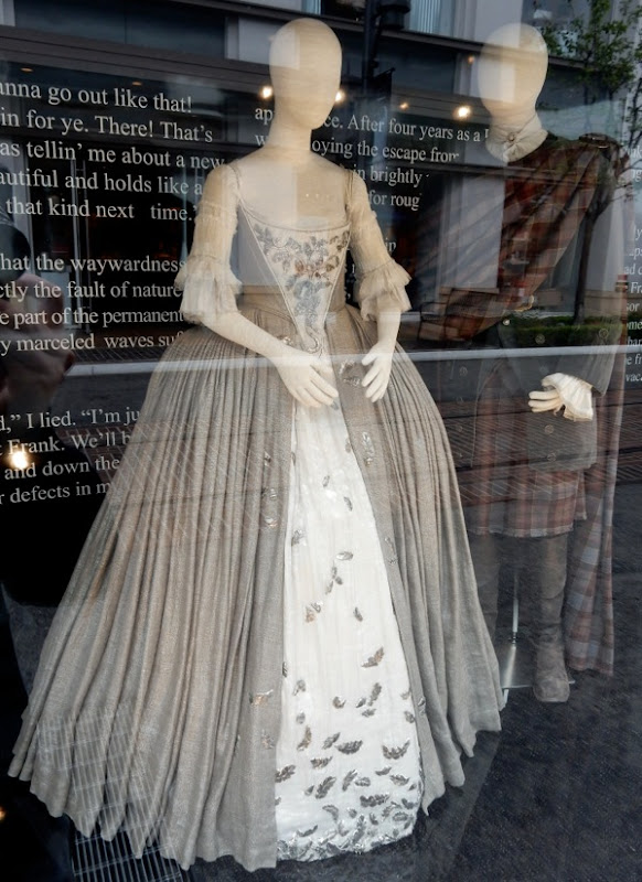 Claire Randall Outlander wedding dress
