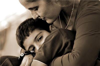 Poemas De Amor Y Amistad Poemas Con Rima Para Las Madrespoemas