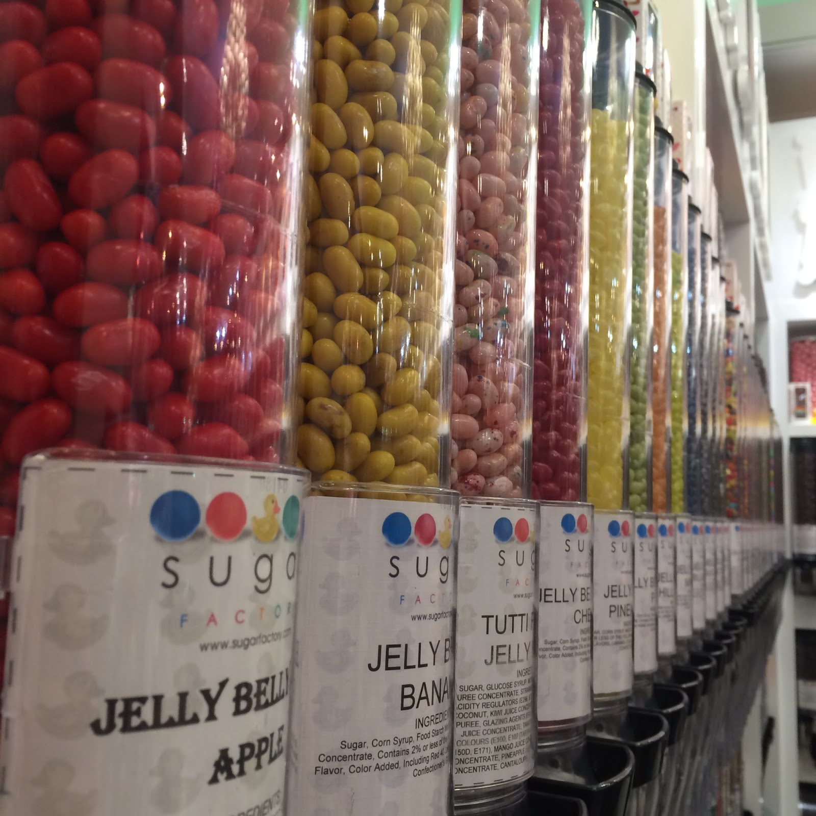 Sugar Factory Candy- Ultimate Guide to Restaurants in Rosemont   all dressed up with nothing to drink...