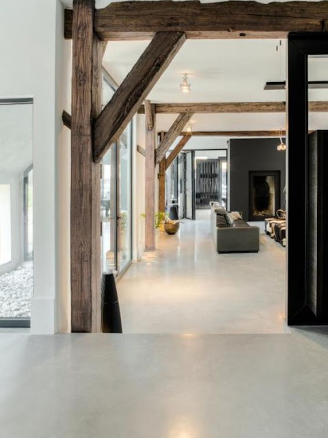 Color on the floor - concrete floors