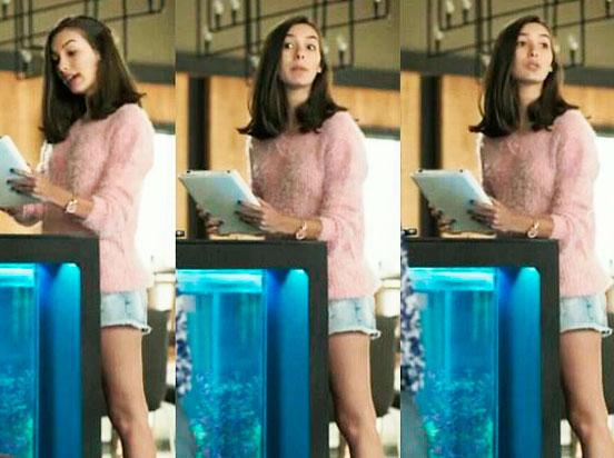 Moleton rosa da Yasmin (Marina Moschen) em Rock Story