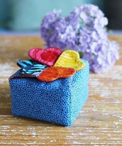 Gift box, Casket for storage of fabric. DIY tutorial in pictures.  Подарочная коробочка, шкатулка