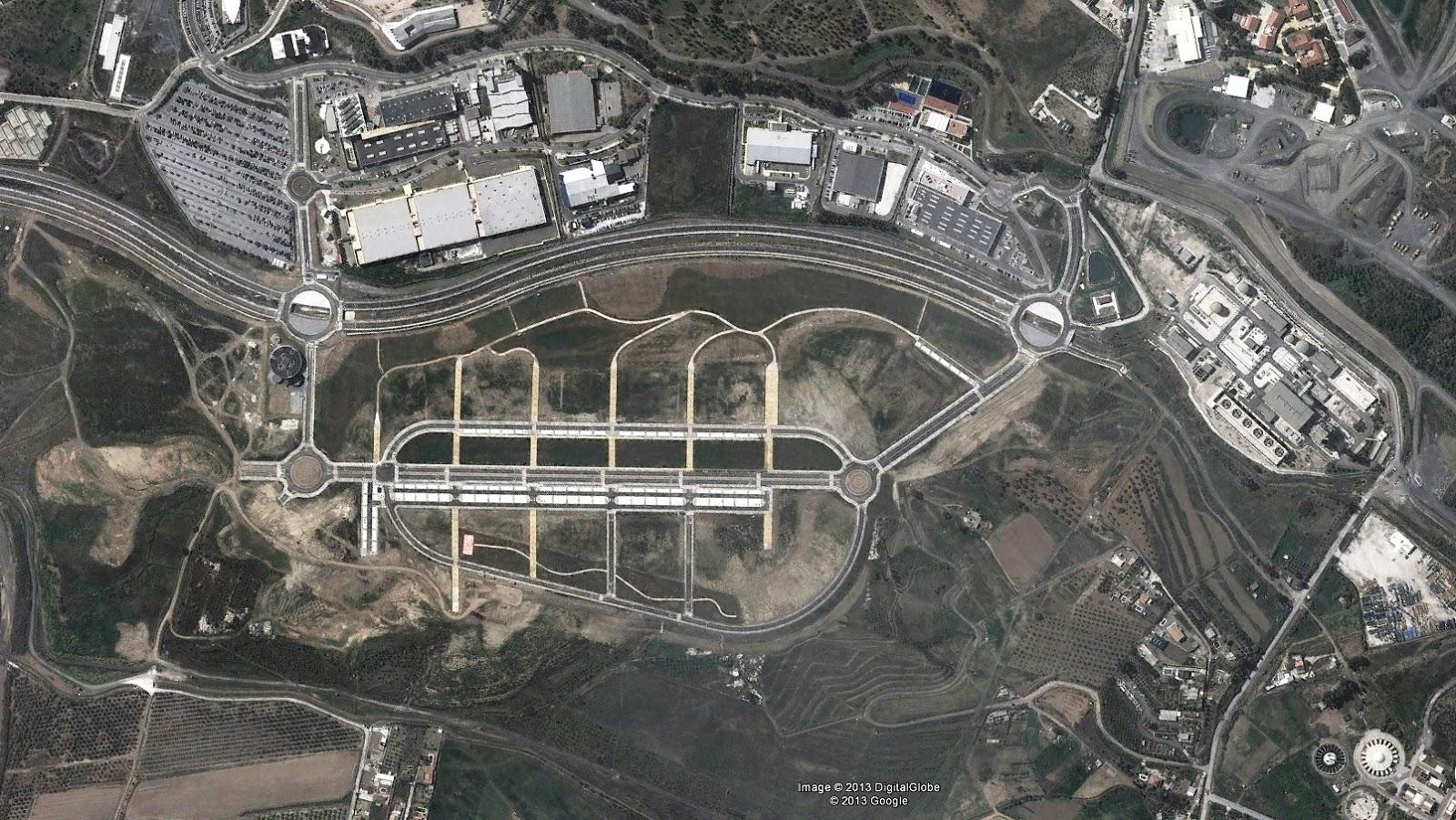 Arquitectespelpaisatge miguel lvarez naci n rotonda el paisaje de la burbuja inmobiliaria - Fotografia aerea malaga ...