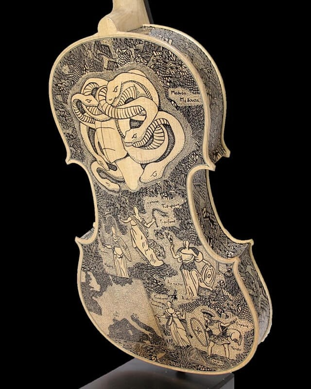 12-Snakes-Leonardo-Frigo-Freehand-Drawings-on-Violins-www-designstack-co