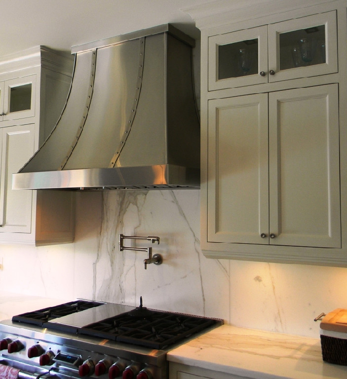 Wood Range Hoods: Prairie Perch: Strapping Range Hoods