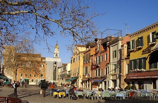 Campo-Santa-Margherita-Dorsoduro-Venice