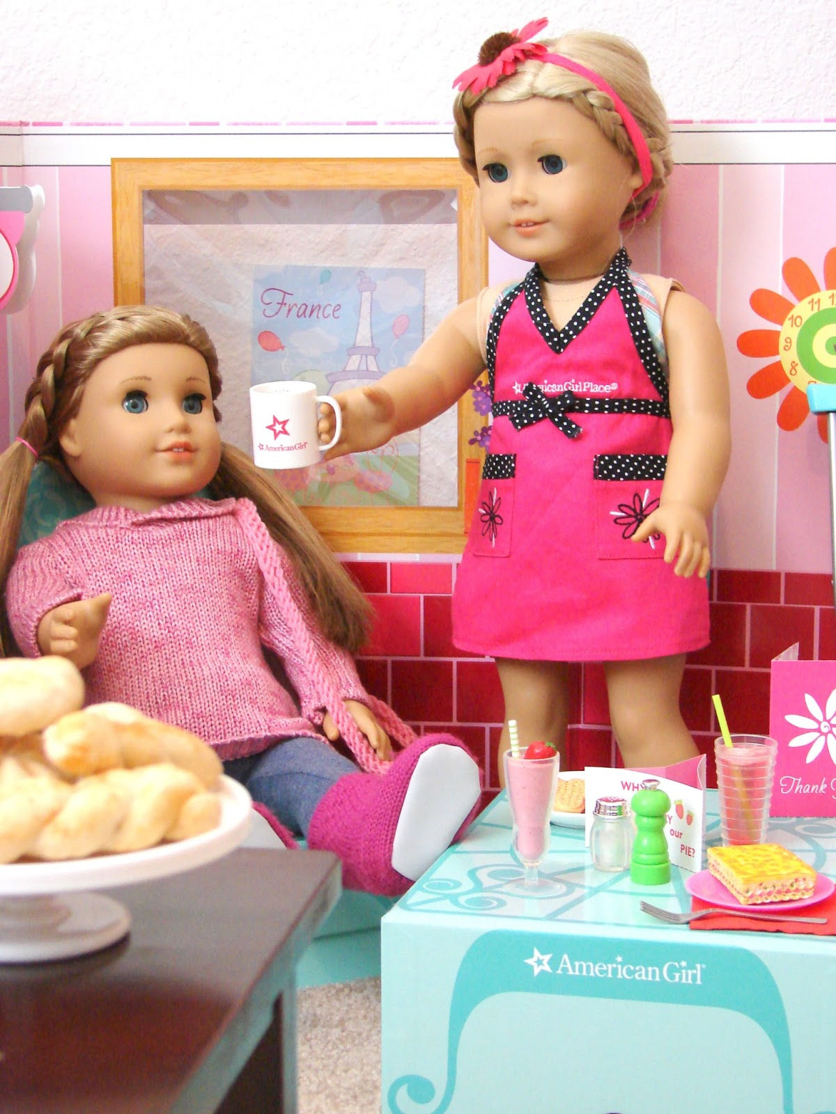 american girl doll play product review american girl deluxe diner set. Black Bedroom Furniture Sets. Home Design Ideas