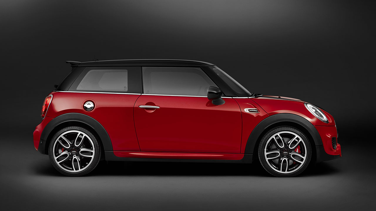 Mini John Cooper Works Hatch side