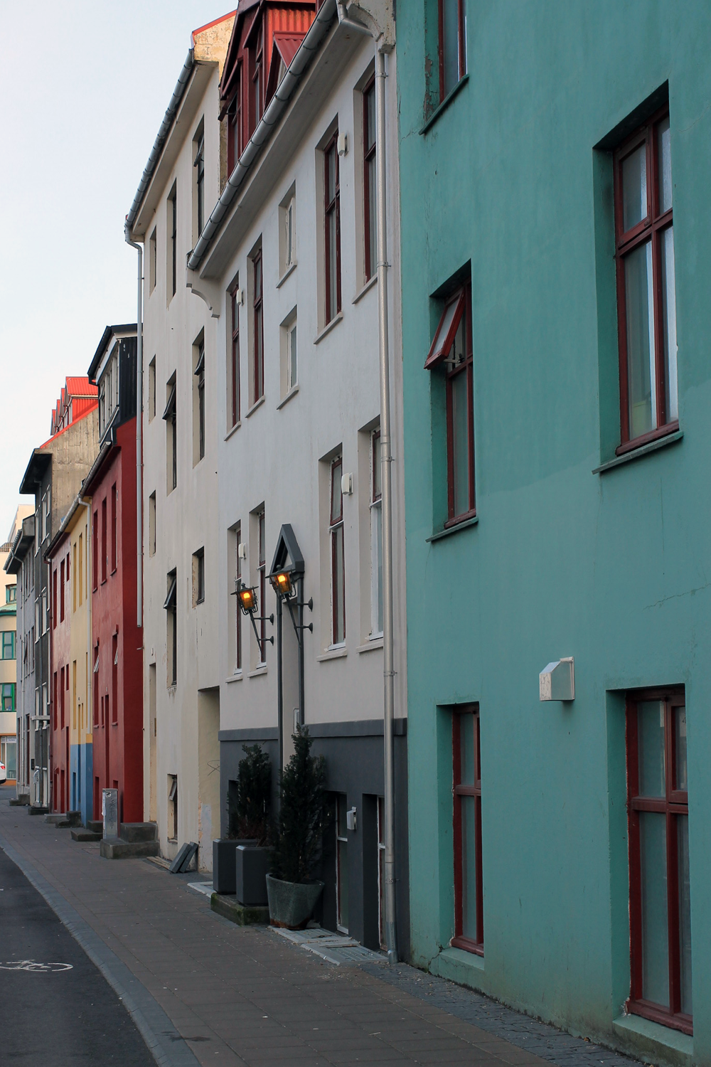 colors of reykjavik, live colorfully, colorful reyjkavik, colorful buildings