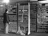 Perkembangan Komputer. Sejarah ENIAC I DAN ICOLLIAC II