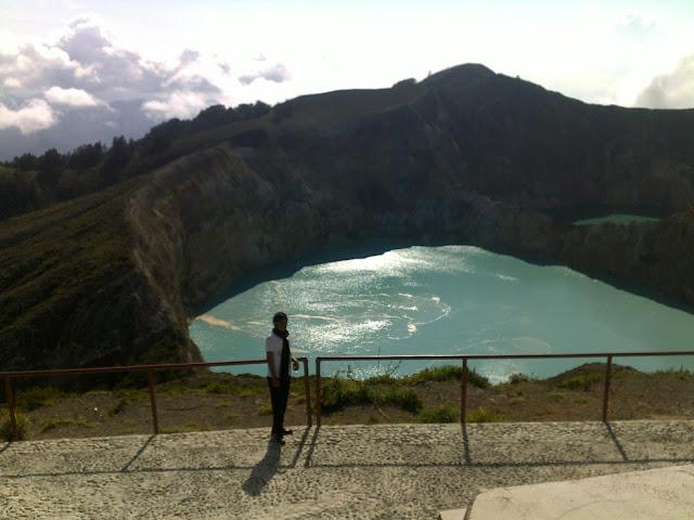 View danau kelimutu