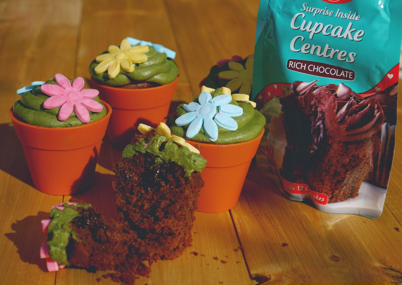Dr Oetker Surprise Inside Flowerpot Chocolate Cupcakes