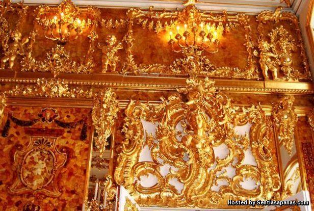 'Amber' Catherine Palace by Bartlomiej Plebanczyk [3]
