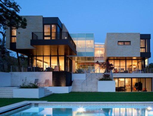 Rumah Mewah Minimalis Modern 2 lantai dengan kolam renang