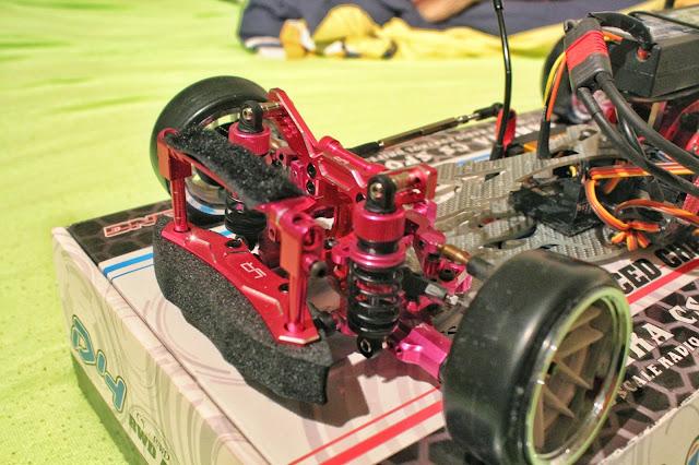 3Racing Sakura D4 RWD - dual shocks
