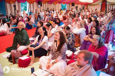 Wielbiciele Paramahamsy Vishwanandy na Kursie Bhagawad Gity