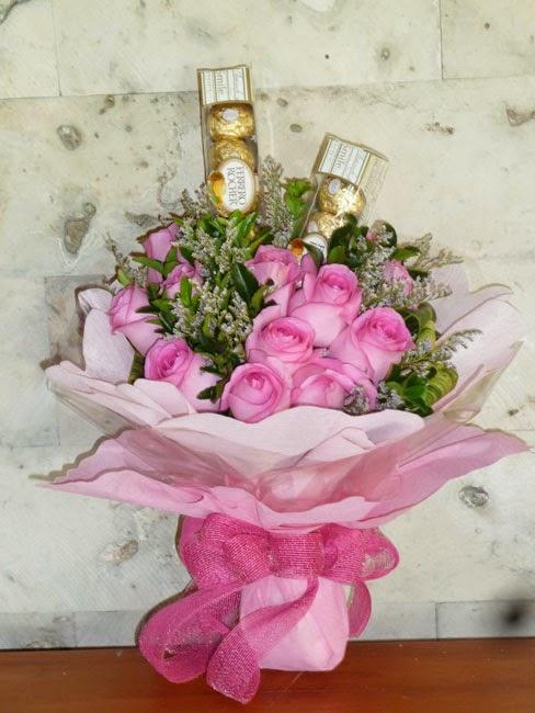 Bouquet Bunga Mawar Cantik