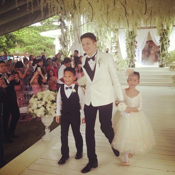 heart evangelista and chiz escudero wedding in balesin