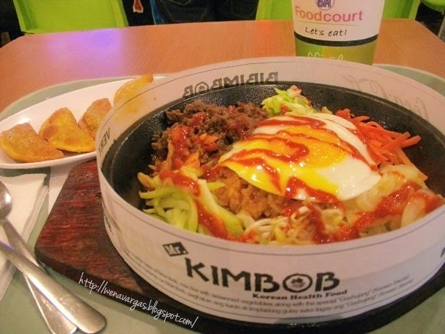 "Mr. Kimbob's SIGNATURE DISH ""Bibimbob""! : My First Taste of Korean Food"