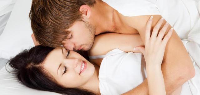 Image result for पीरियड के दिनों महिलाओं के साथ संबंध बनाना होता है फायदेमंद