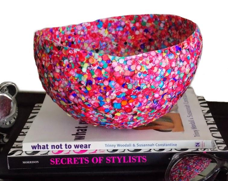 La reines blog schale aus konfetti selber machen for Oggetti da regalo