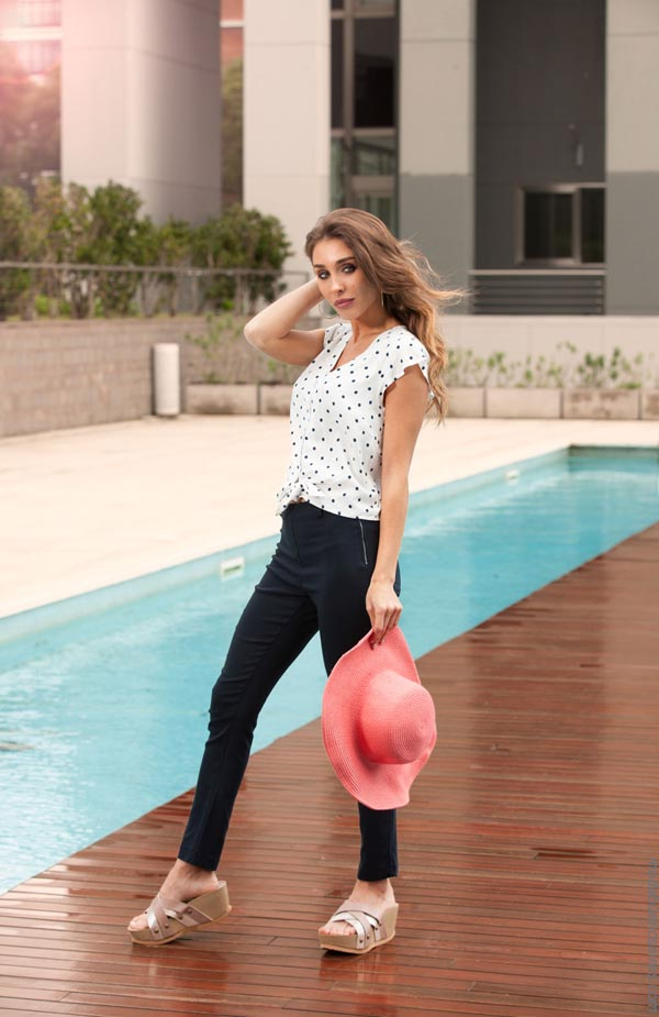 Moda verano 2019 pantalones y blusas. Ropa de mujer verano 2019.