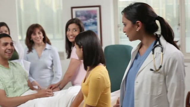 موضوع تعبير عن زيارة المريض بالعناصر