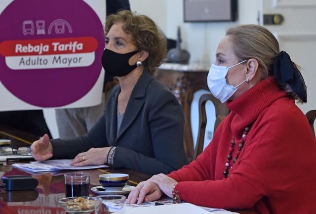 Primera Dama y Ministra de Transportes