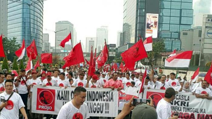 Projo Harus jadi Parpol Jika Ingin Selamatkan Jokowi