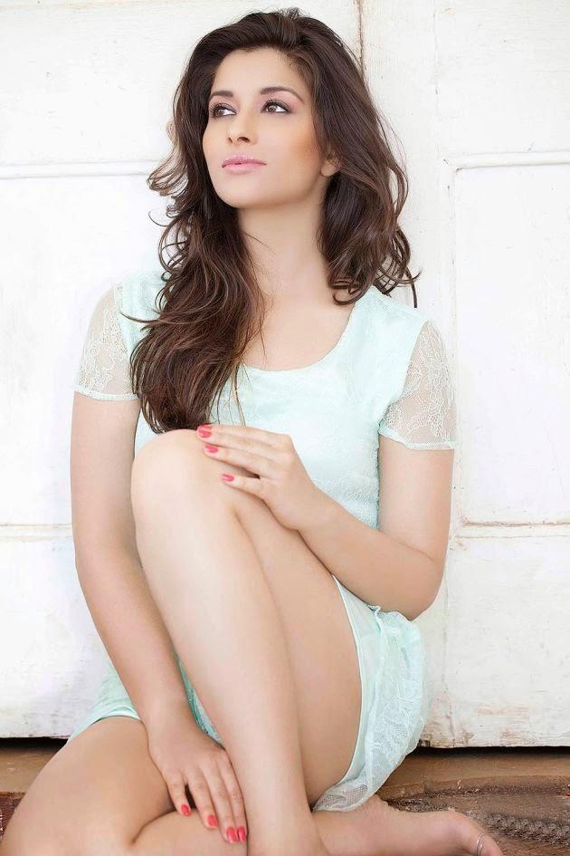 Actress Madhurima/NyraBanerjee Latest HD Images