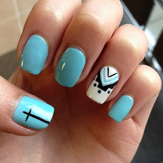 Traditional-indian-bridal-nail-art-designs-for-wedding-5