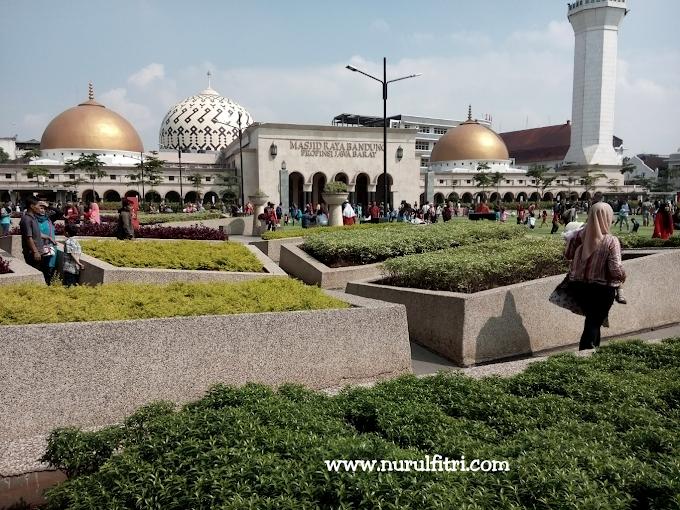 Mau Wisata ke Bandung? Lakukan 5 Tips Wisata Yang Mudah dan Ekonomis Ini