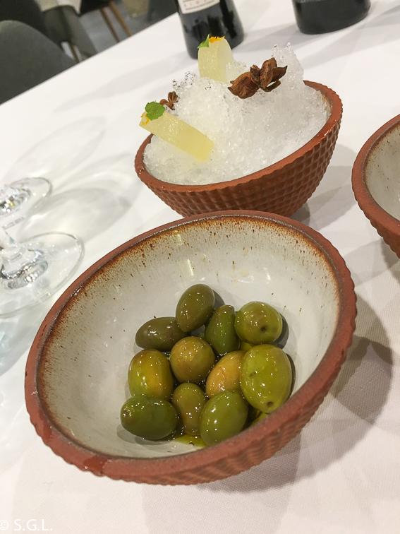 Aperitivo del restaurante BlueIzar. Comer en Bilbao