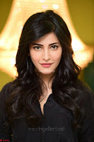 Shruti Haasan Looks Stunning trendy cool in Black relaxed Shirt and Tight Leather Pants ~ .com Exclusive Pics 078.jpg