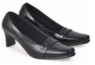 Sepatu Kerja  Wanita HNC 697
