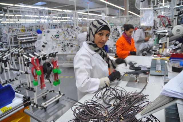"""توظيف 20 عاملة في """"الكابلاج"""" حاصلات على دبلوم التأهيل المهني"""