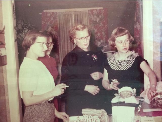 Inside the Gross family Sears house in Northampton, Massachusetts, circa early 1950s