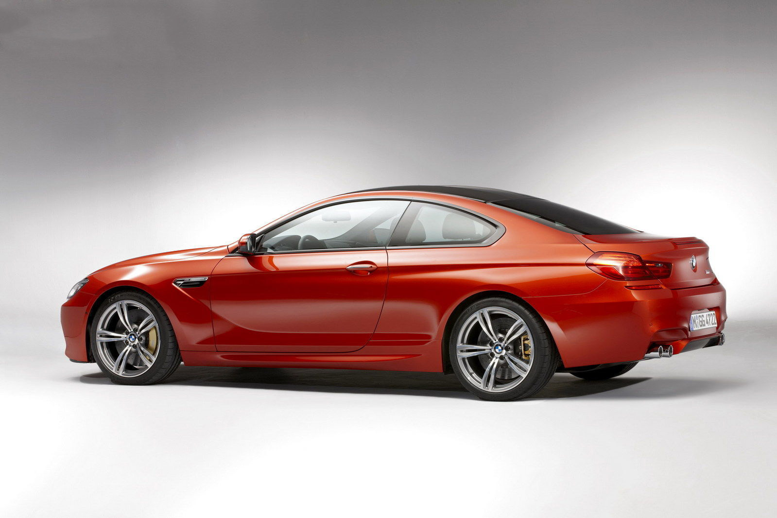 car i 2013 BMW M6 Coupe
