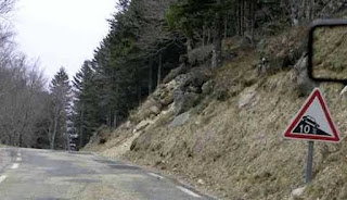 المنحدرات الخطيرة