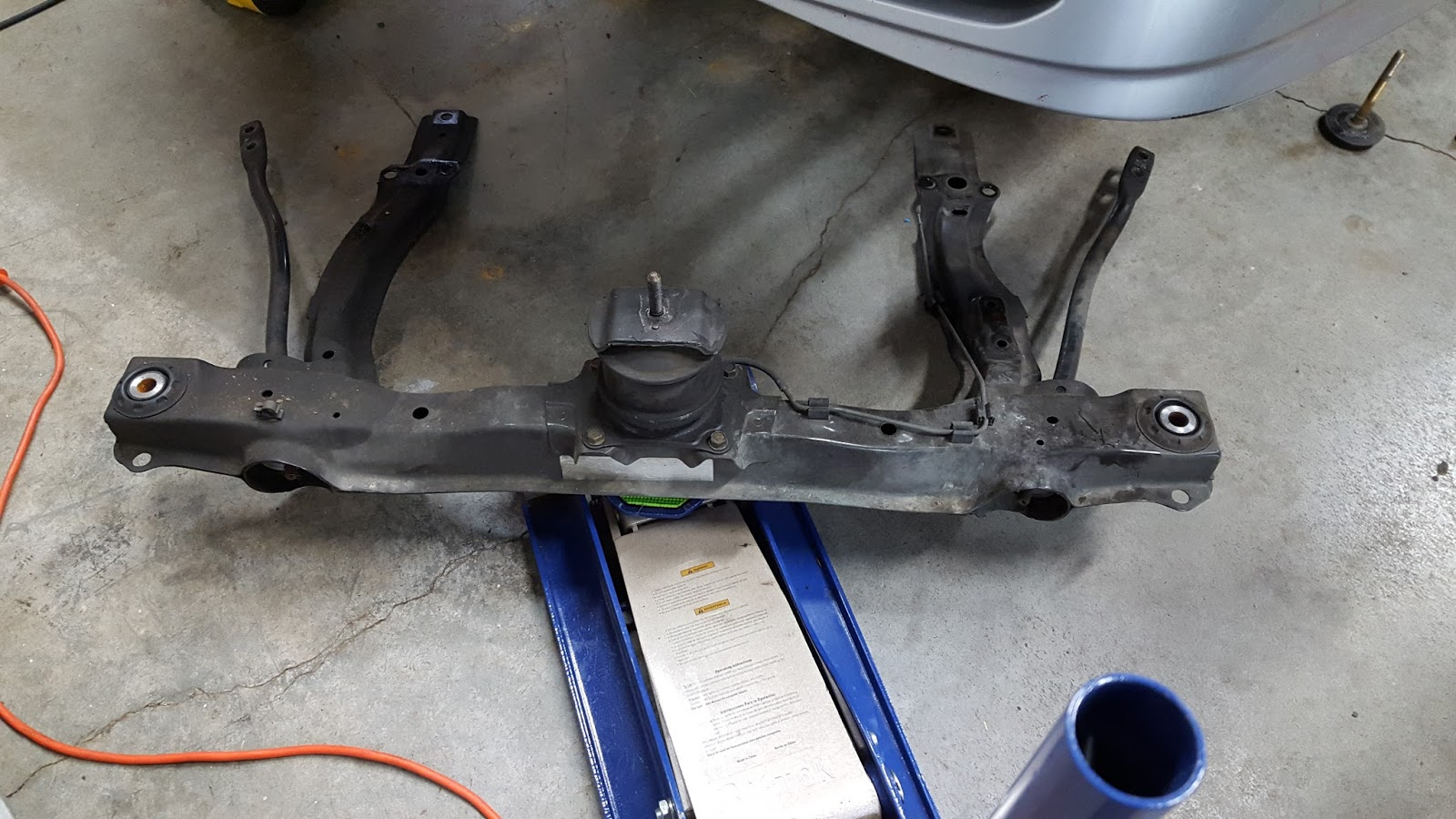 Havener Garage The Definitive 2nd Gen Acura Tl Av6 Transmission 2001 Honda Accord Install Front Subframe Unbolts And Drops Out This Is A Good Time To Replace Engine Mount If Needed