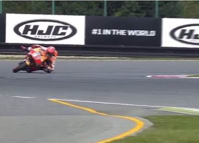 Rahasia Marquez Bisa Menikung dengan Motor Terseret