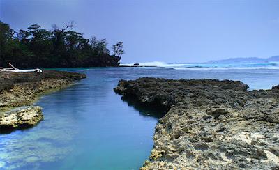 Pantai Ombak 7 Sukabumi