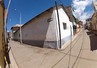 Ruas bastante estreitas em Yunguyo.
