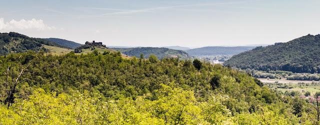 Solymos vára és a Maros völgye