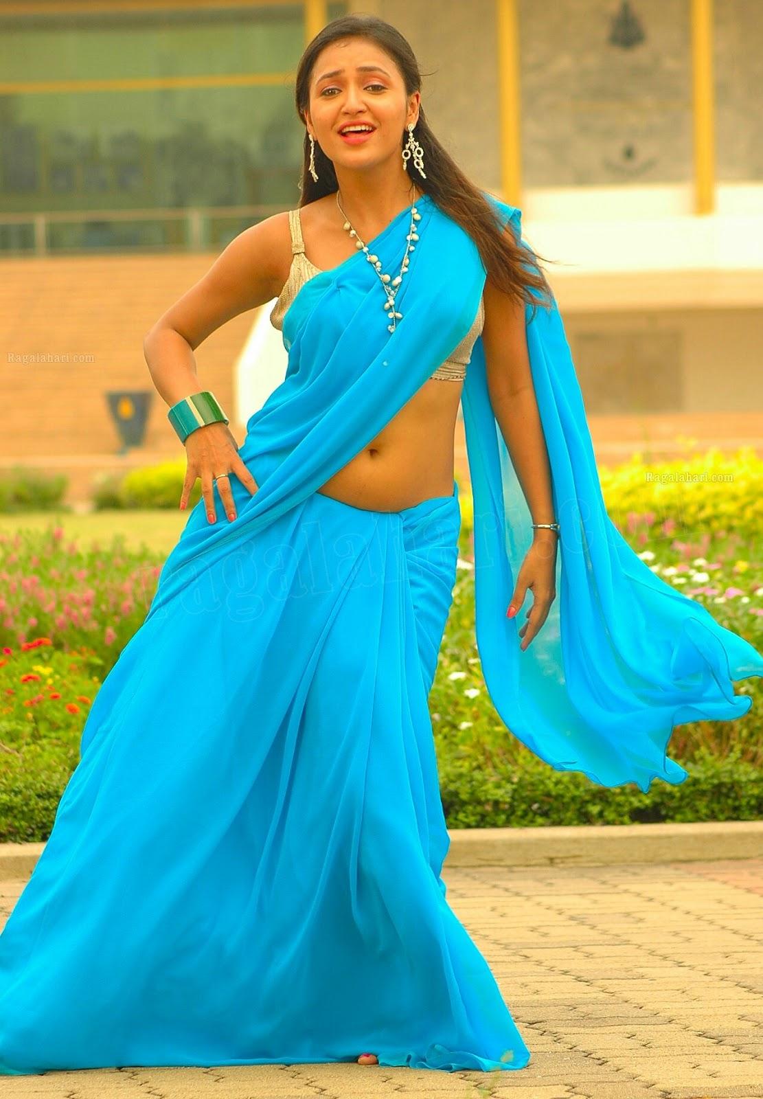 Saree Navel: Actress Saree Below Navel Show