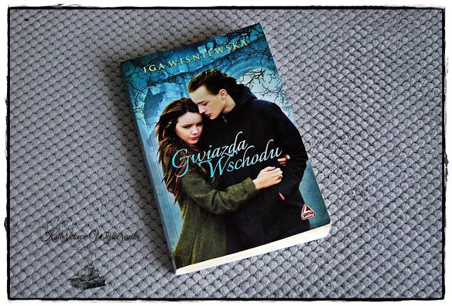 """Kim jest """"Gwiazda Wschodu"""" Iga Wiśniewska (Book Tour)"""