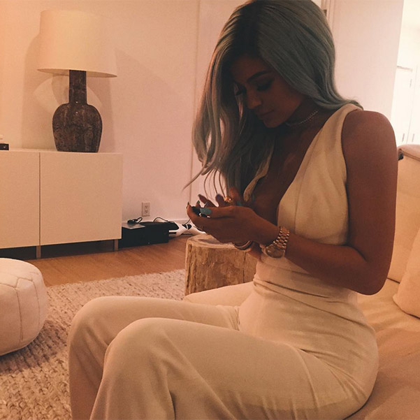 2015/10/07 Kylie Jenner changed hair color 3