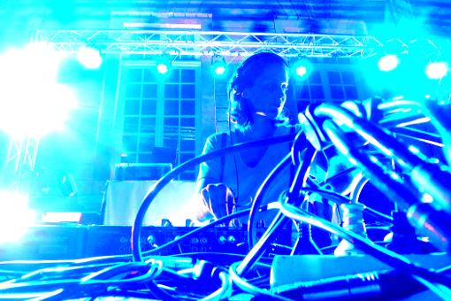 DJ Chloé Hôtel de la Monnaie techno electro live concert paris